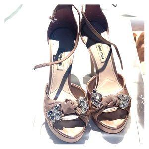 Miu Miu 5 in evening heels